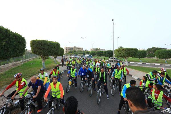 بتروجت تنظم فعاليات اليوم الرياضى لركوب الدراجات بمنطقة السويس