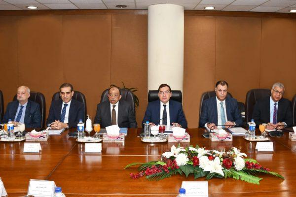 الملا يؤكد علي أهمية الدور المحورى لمعامل التكرير المصرية فى استدامة استقرار السوق وتوافر المنتجات البترولية