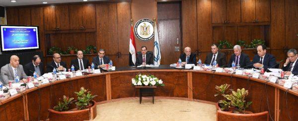 الملا : مصر تنفذ برنامجا طموحا لزيادة معدلات انتاج الغاز وتنمية حقول الغاز المكتشفة