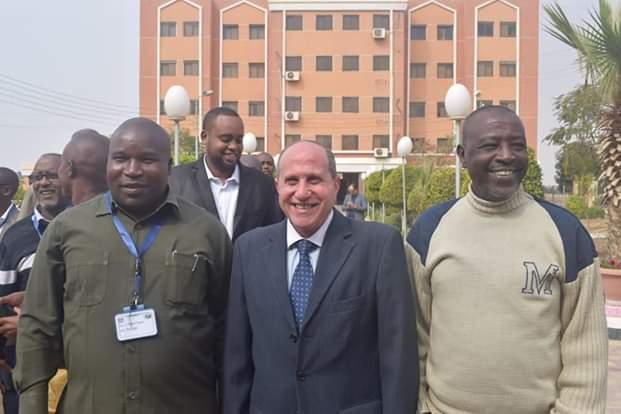 رئيس شركة القناة لتوزيع الكهرباء يستقبل عدد من مهندسي الدول الافريقية