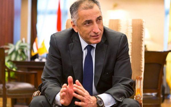 طارق عامر: اعتقد أن أسعار الوقود ستنخفض نهاية الشهر