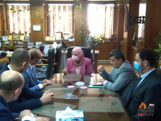 نقل الكهرباء توقع مع مجموعة مدكور عقد عملية ربط محطة شرق القاهرة لتوريد وتركيب كابلات ارضية 220 ك.ف بقيمة 169 مليون جنيه