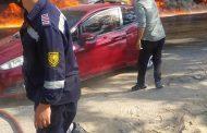 الان ... شركات البترول تعمل مع قوات الحماية المدنية لاطفاء خط المازوت المشتعل بطريق مصر الإسماعيلية