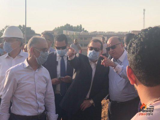 وزير البترول ينتقل الي موقع حريق خط خام