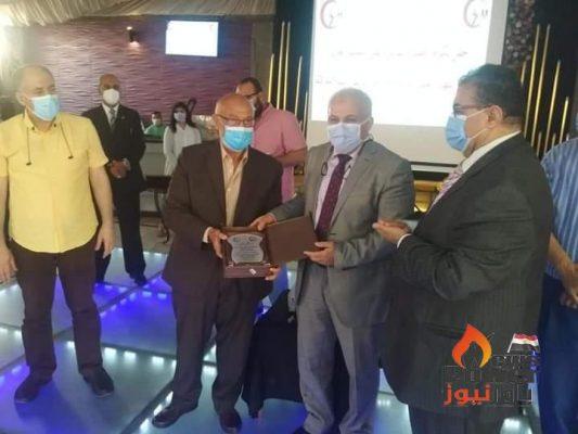 شركة الخدمات الطبية التابعة للقابضة لكهرباء مصر تقيم احتفالية لتكريم المهندس محمد ابو سنة