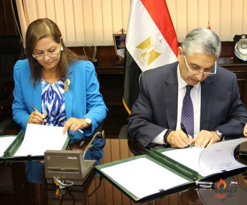 عاجل .. صندوق مصر السيادى يوقع بروتوكولا مع وزير  الكهرباء لإدارة الاصول المملوكة للوزارة