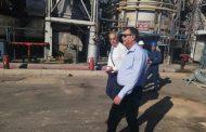 في أقل من شهر ... رئيس هيئة البترول يتفقد مجمع الزيوت بشركة اسكندرية للبترول تمهيدا لتشغيله