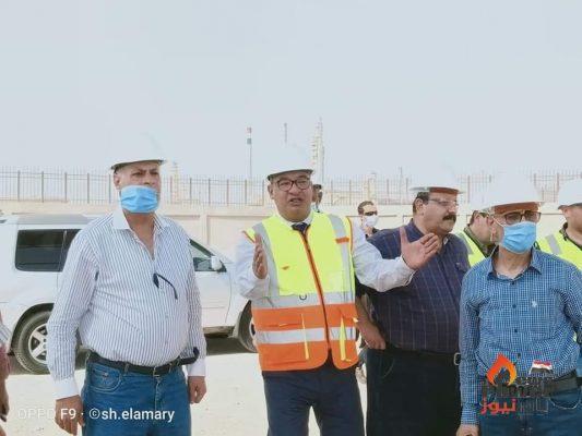 عز الرجال وقيادات هيئة البترول يتفقدون مشروعات النصر للتكرير الجاري تنفيذها باستثمارات 4.2 مليار جنيه