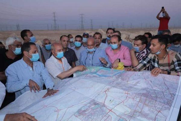 وزير النقل يوجه بالالتزام التام بالخطة الزمنية لإنهاء القطار الكهربائي