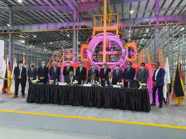 شاكر خلال افتتاحه مركز سيمنس للطاقة : القيادة السياسية وضعت قضية الطاقة الكهربائية على رأس أولوياتها