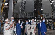 الرئيس السيسى يتفقد عدداً من المشروعات والمواقع الإنشائية بالعاصمة الإدارية الجديدة