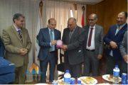 بتروتريد تكرم عادل حسين مساعد رئيس الشركة للشئون الإدارية لبلوغه السن القانونية