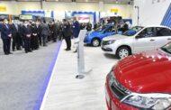 بالصور .. الرئيس السيسي يفتتح المعرض الأول لتكنولوجيا تحويل وإحلال المركبات للعمل بالطاقة النظيفة
