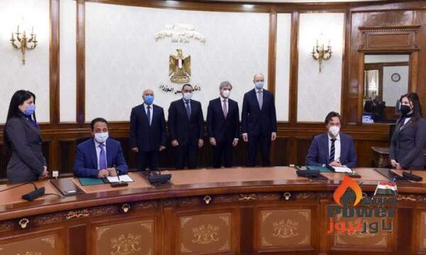 رئيس الوزراء يشهد توقيع مذكرة تفاهم بين الهيئة القومية للأنفاق وشركة سيمنز العالمية لتنفيذ منظومة متكاملة للقطار الكهربائى السريع