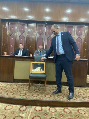 المهندس حسام الدين عوض الله يدلي بصوته في انتخابات رئيس لجنة الطاقة بالنواب