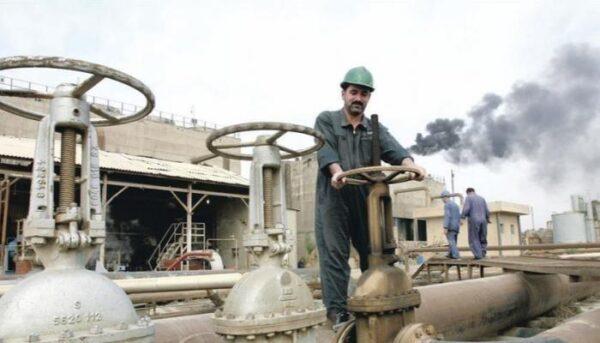العراق يقرر تجميد اتفاق الدفع المسبق لبيع النفط الخام