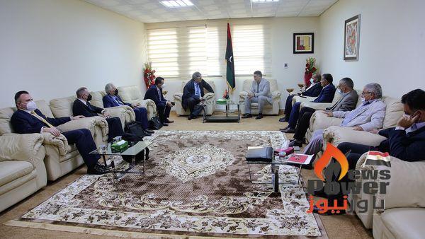الشركة العامة للكهرباء الليبية  وشركة متكا انترناشونال اليونانية يبحثان  سير العمل  بمشروع محطة طبرق الغازية .
