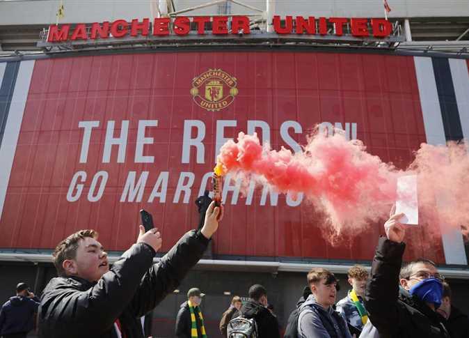 رابطة الدوري الإنجليزي الممتاز : تأجيل مباراة ليفربول ومانشستر يونايتد بسبب احتجاجات الجماهير