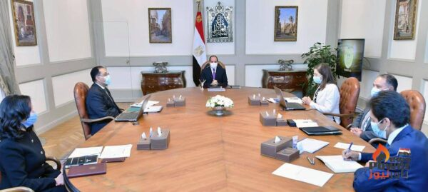 الرئيس السيسى يطلع على جهود الحكومة فى إطلاق تقرير التنمية البشرية فى مصر