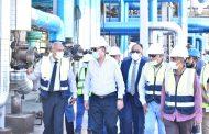 رئيس هيئة البترول ونوابه يتفقدون المشروعات الجديدة لشركة السويس لتصنيع البترول
