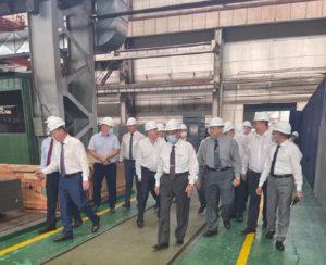 عاجل بالصور .. شاكر والوكيل والوفد الفنى المرافق يزورون مصنع تاجماش الروسى لمراجعة بدء تصنيع مصيدة قلب المفاعل.