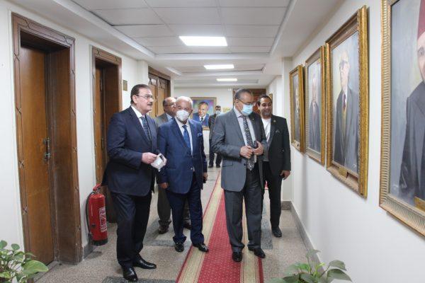 ضاحي يستقبل نقيب مهندسي طرابلس وشمال لبنان بمقر نقابة المهندسين المصرية