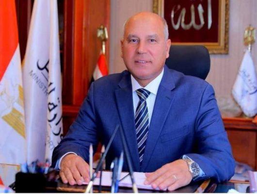 خلال أول أيام عيد الأضحى .. وزير النقل يتابع على مدار الساعة مع رؤساء الهيئات والجهات التابعة