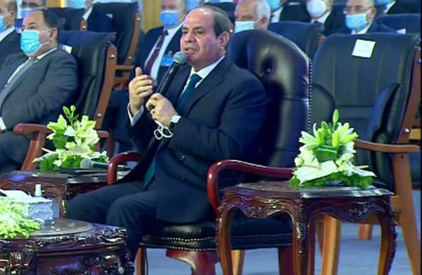 الرئيس السيسي: طرح شركة العاصمة الإدارية فى البورصة قريبا بـ100 مليار جنيه