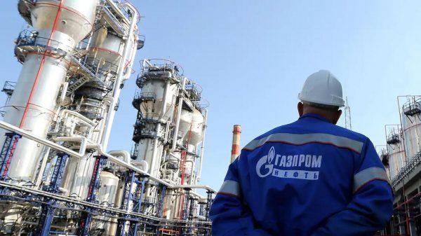 جازبروم نفط الروسية: نستطيع زيادة الإنتاج تماشيا مع تخفيف قيود أوبك