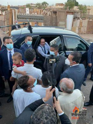 الرئيس السيسى يزور أهالى مساكن الرويسات بشرم الشيخ