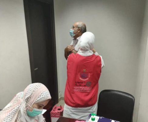 تاون جاس تنظم حملة تطعيم للعاملين ضد فيروس كورونا