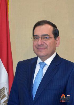 خلال تراسه اللجنة العليا للمسئولية المجتمعية ... الملا يشدد علي تنفيذ مشروعات تطوير ودعم الشباب المصرى